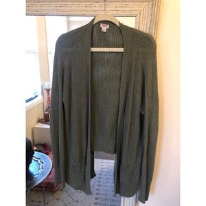 Oversized Knit Sweater - Olive green